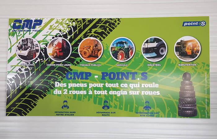 Création de panneaux présentant les services proposés par le garage Collomb-Muret Pneus,